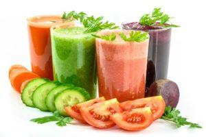 Cure de jus de légumes detox pendant 5 jours perte de poids
