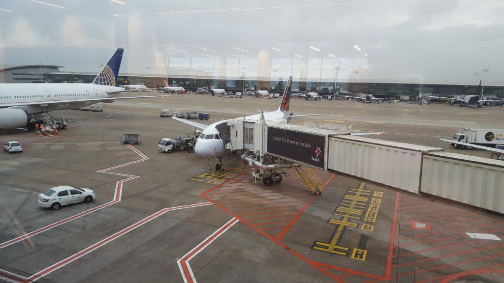 Avion brussels airlines pour Saint-Pétersbourg city-trip lau à la menthe