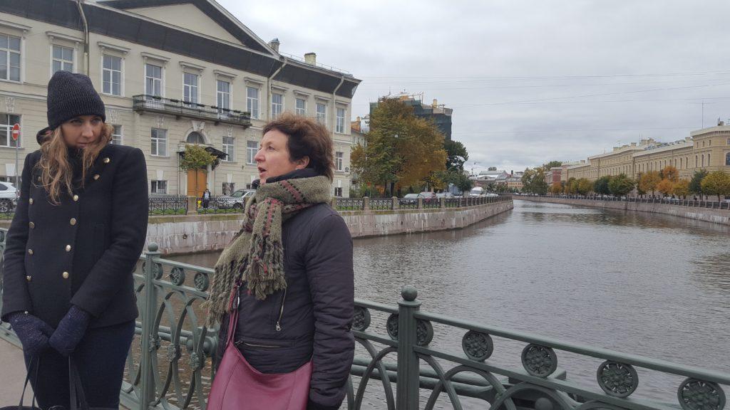 Saint-Petersbourg guide francophone église saint isaac lau à la menthe