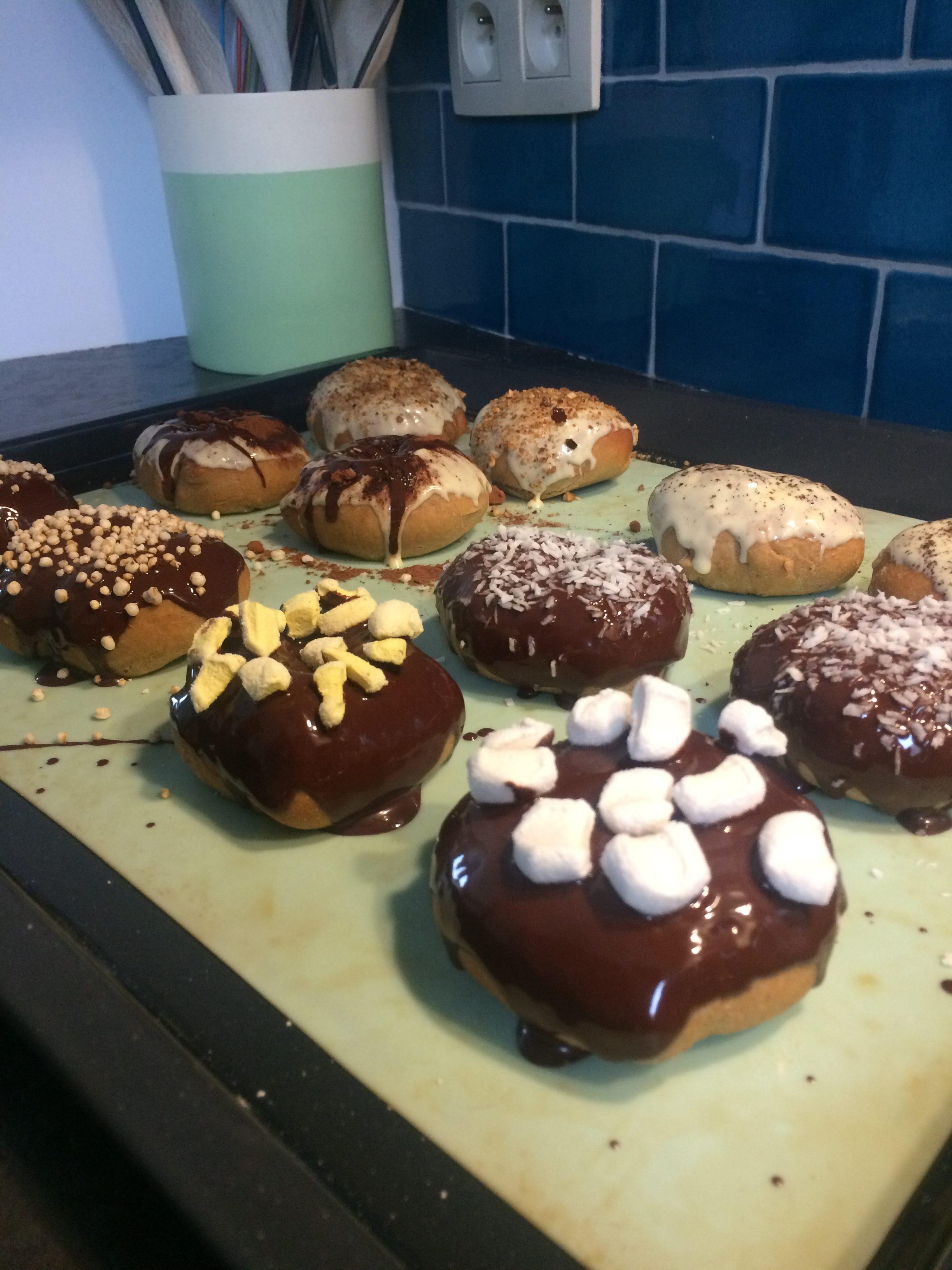 Donuts saveur pain d'épices cuisson au four version saine Lau à la menthe