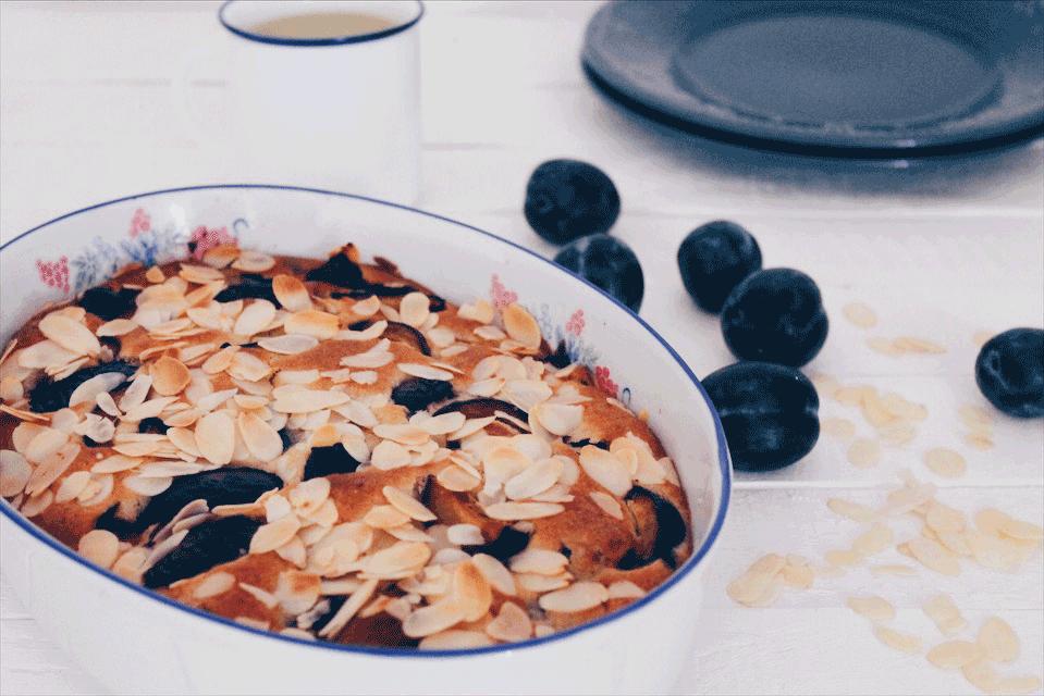 Recette de gâteau aux prunes et aux amandes, pour un résultat léger et gourmand