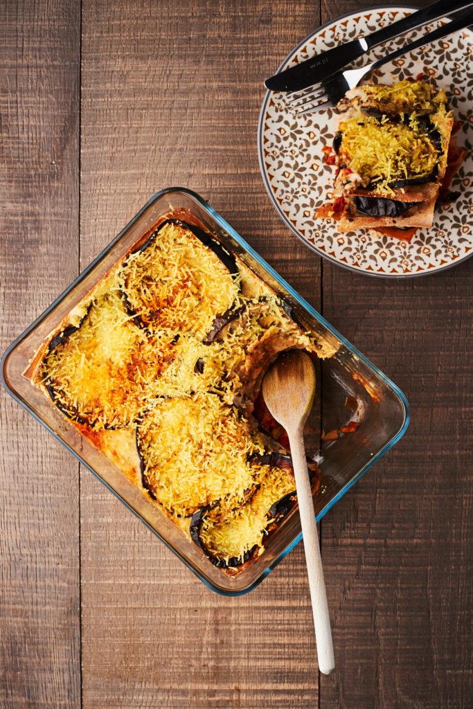 Recette de lasagne aux aubergines grillées et bechamel vegan de Lau à la menthe