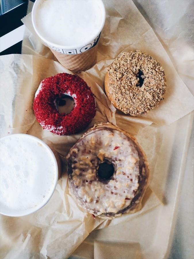 Donuts de Doughnut Plant à Brooklyn parmi les 15 bonnes adresses à New-York recommandées sur le blog laualamenthe.com
