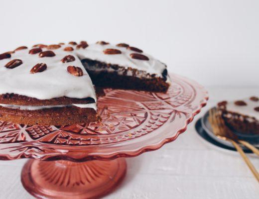 Un délicieux carrot cake vegan et sans gluten facile à préparer sur le blog culinaire laualamenthe.com