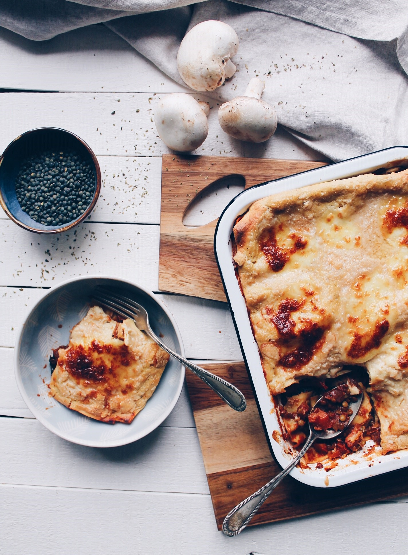 Recette de lasagne végétarienne réalisée avec une sauce bolognaise aux lentilles sur le blog laualamenthe.com