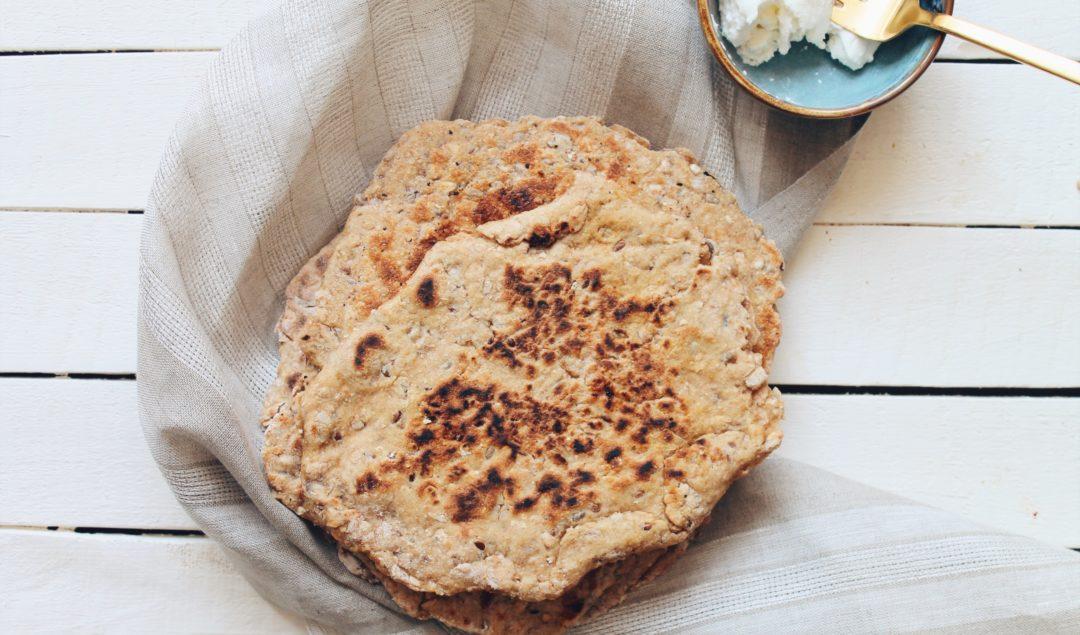 Recette facile de cheese naans, pains naans indiens à la farine aux 5 céréales sur le blog laualamenthe.com