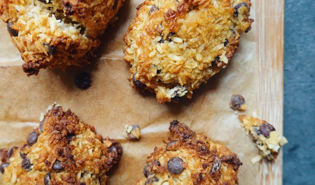Recette de rocher coco aux pépites de chocolat en version vegan/végétalienne sur le blog laualamenthe.com