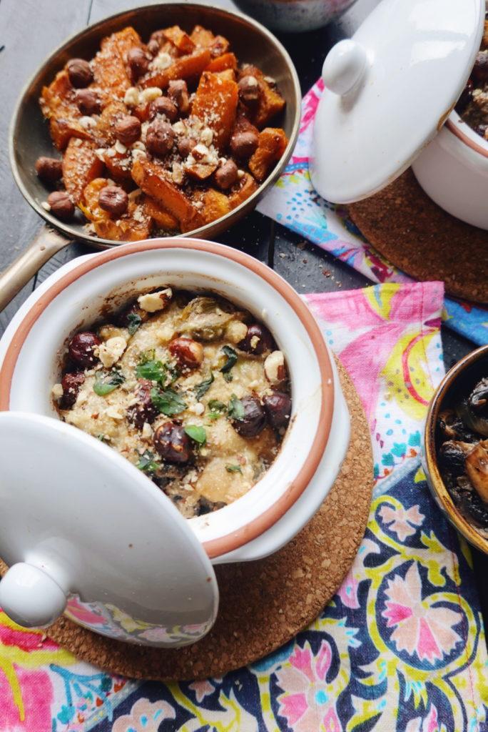 Recette de gratin de choux de Bruxelles aux champignons, à la ricotta et au parmesan. Rendez-vous sur le blog laualamenthe.com.
