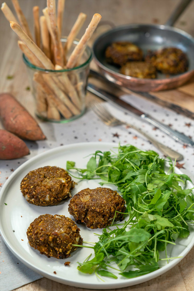 Röstis de patate douce pour accompagner un repas de fête de fin d'année sur le blog laualamenthe.com