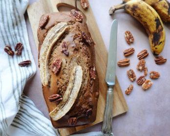 Bananabread sans beurre et aux noix de pecan, une recette du blog laualamenthe.com