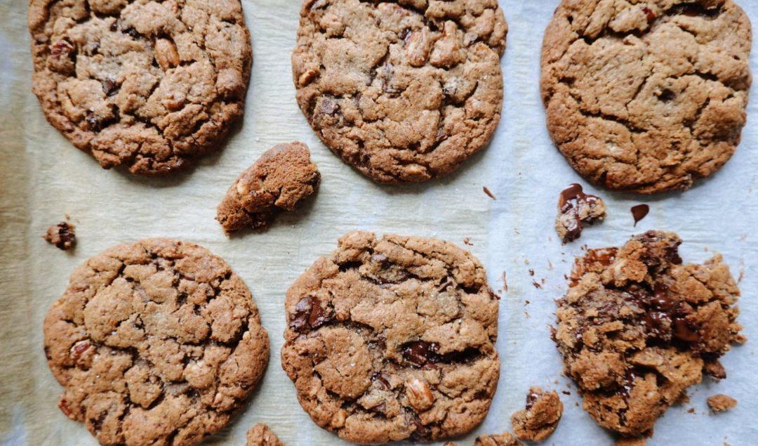 Recette de cookies façon Levain Bakery à New-York en version vegan/végétalienne sur le blog laualamenthe.com